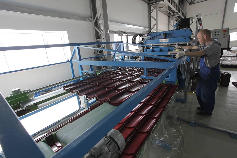 manufacture_metal-tile_03